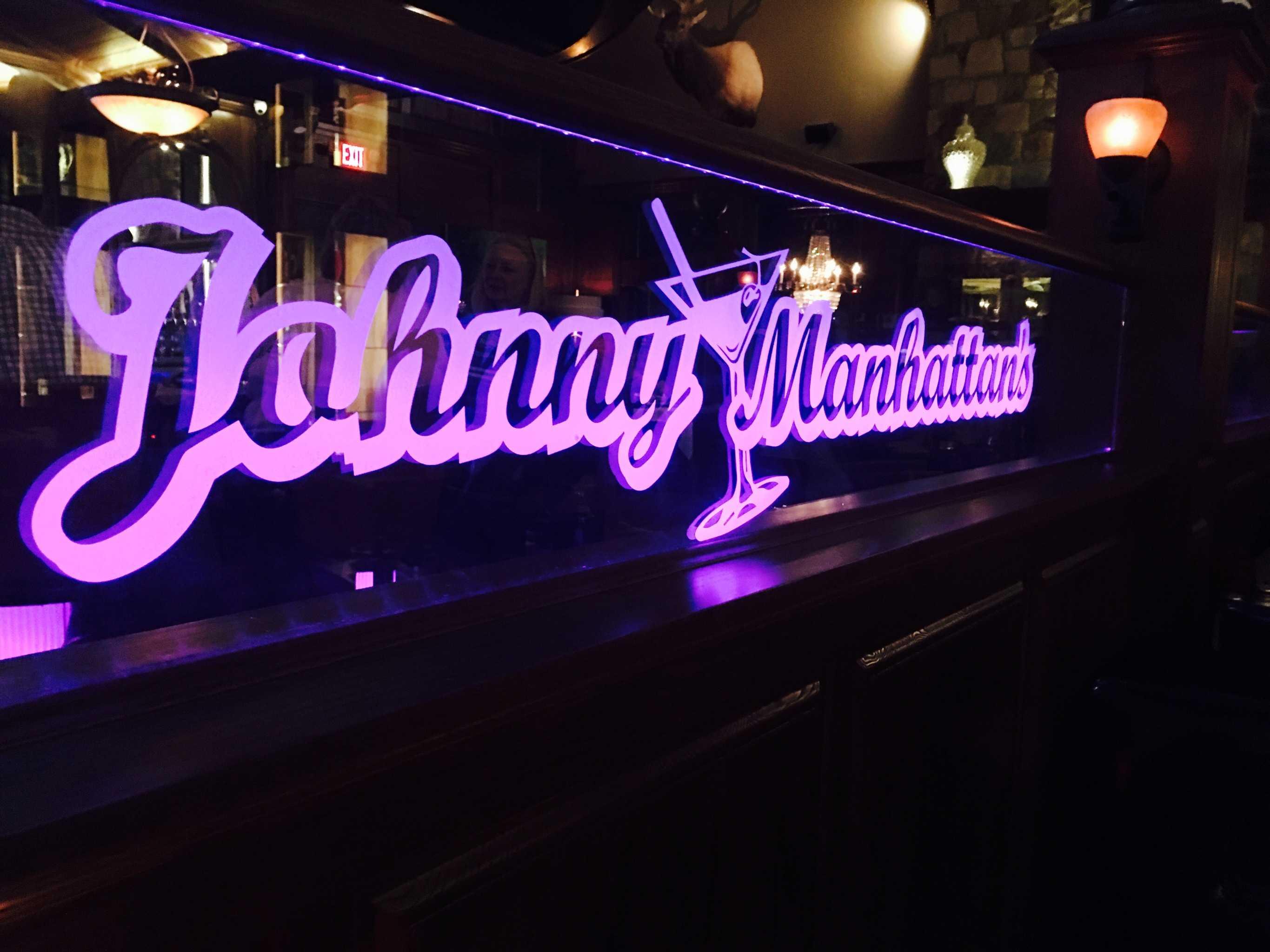 Stylish Bar near Germantown, WI